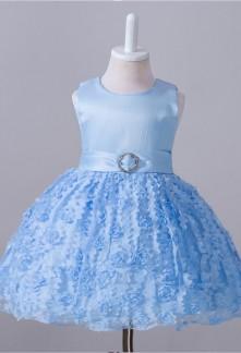 Robe bébé bleu pastel à motif fleurs 3D