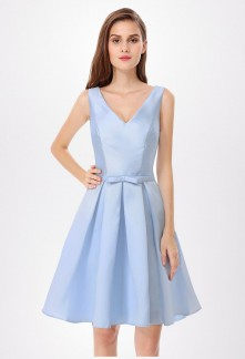Robe de cocktail bleu tiffany