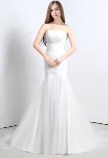 Robe de mariée bustier coeur sirène en tulle