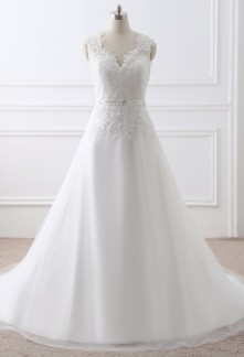 Robe de mariée bretelles larges en dentelle