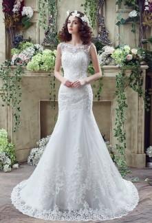 Robe de mariée dentelle bustier coeur