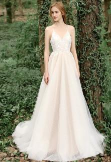 Robe de mariée princesse champêtre dentelle