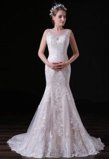 Robe de mariée fourreau bohème bretelles transparentes dentelle