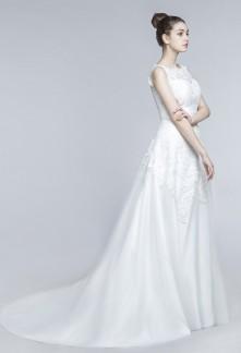 Robe de mariée dentelle courte et longue