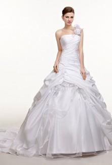 Robe de mariée bouffante asymétrique