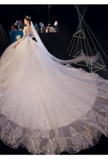 Robe de mariée longue traine royal
