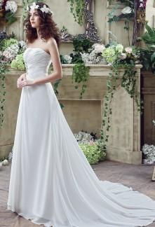 Robe de mariée bustier en mousseline simple