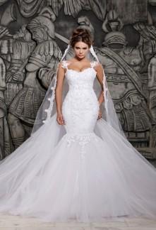 Robe de mariée à bretelles en dentelle et tulle