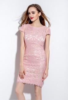 Robe rose pale manche courte