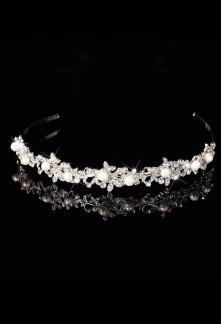 Serre tête en strass avec perles blanches en relief - réf fg125