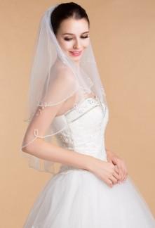 Voile et voilette de mari e romantique long ou mi long for Robes de mariage double baie