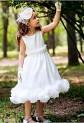 Robe de cortège enfant blanche à bretelle cintrée avec fleurs réf: DY-1026