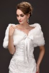 Etole de mariée imitation fourrure blanc avec ruban