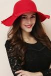 Capeline femme rouge pour hiver