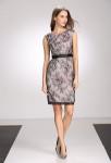 robe courte droite manches courtes noir rose