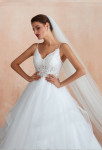 Robe de mariée à bretelles dentelle avec le bas à volants