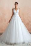 robe de mariée princesse en dentelle et tulle avec bretelles large