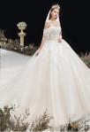 Robe de mariée col bardot champagne princesse
