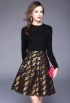 Robe habillée noire dorée motif