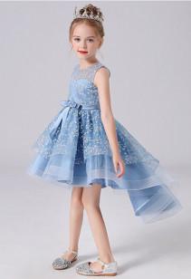 Robe enfant asymétrique motif floral réf: EF1243