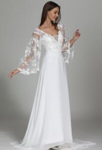 Robe de mariée décolleté manches évasées Réf M1906 - sur demande