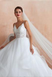 Robe de mariée princesse à volants réf SQ369 - sur demande