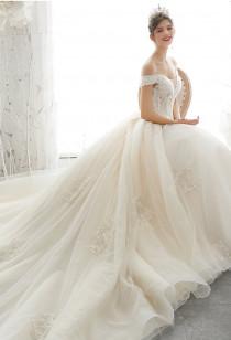 Robe de mariée princesse col bateau Réf M2125 - sur demande