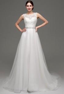 Robe de mariée romantique avec dos transparent réf SQ237 - sur demande