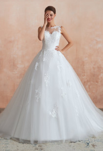 Robe de mariée princesse avec traîne - Réf. SQ366 Sur demande